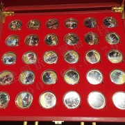 长征胜利80周年(30枚彩色纪念章)