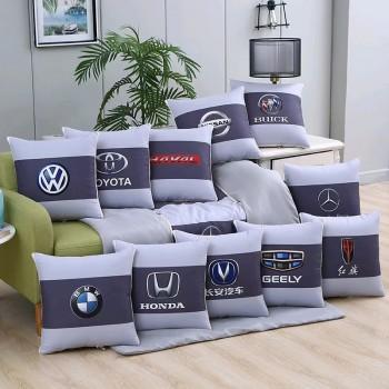 车载多功能抱枕被
